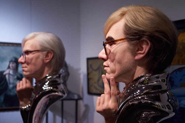 two busts warhol