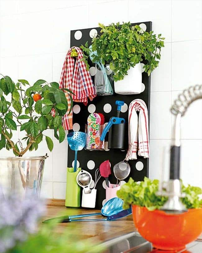 upright-kitchen-storage