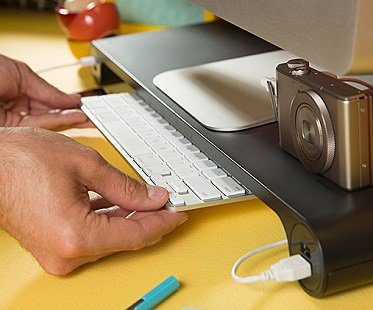 Space Bar Keyboard Organizer usb