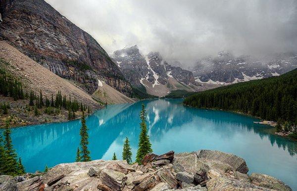 amazing-places-moraine-lake