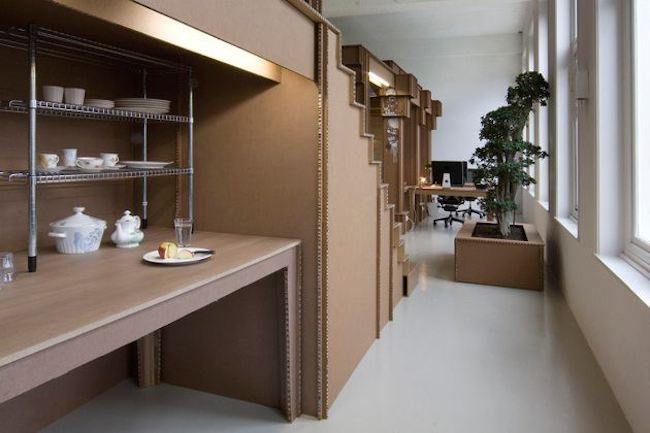 amsterdam-cardboard-office-table