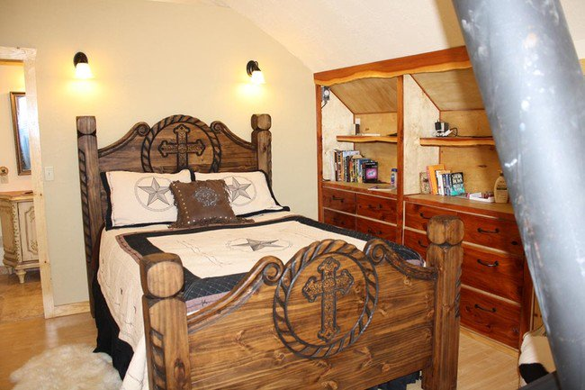 arched-cabin-bed