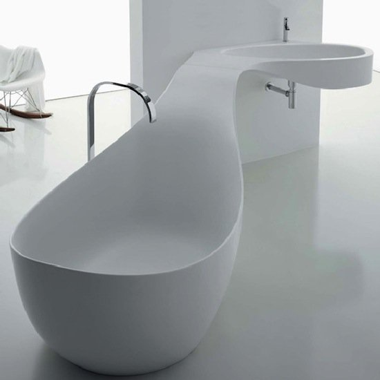 17 amazing bathtubs you 39 ll never want to get out of for Bathtub designs