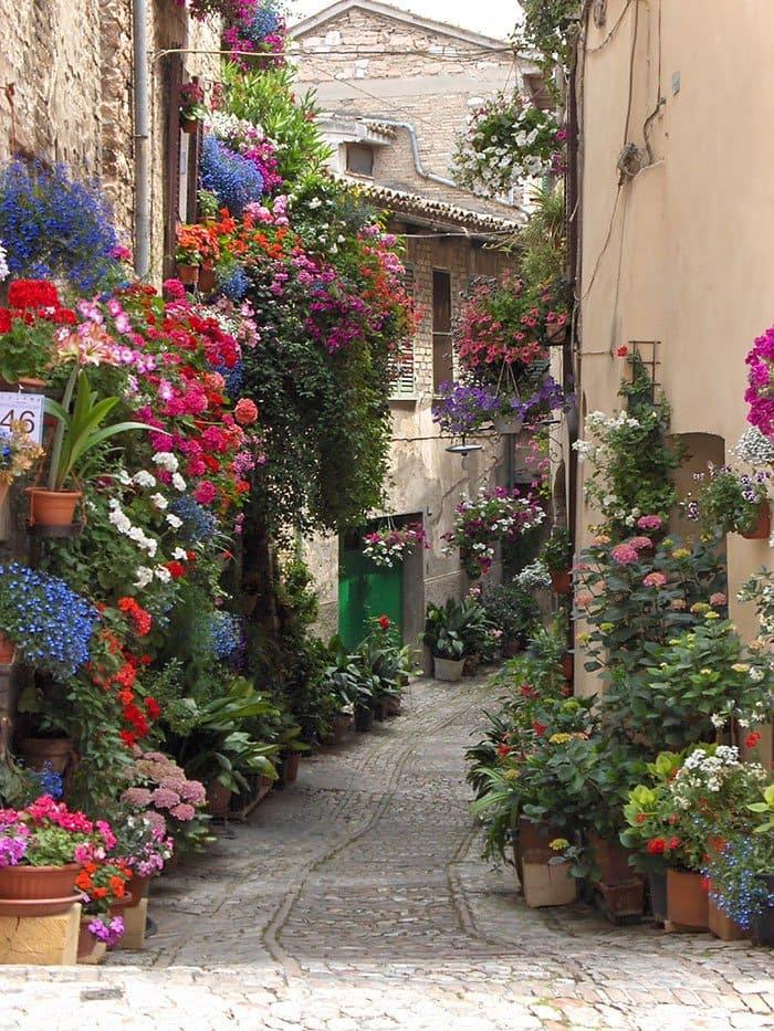 beautiful-streets-spello