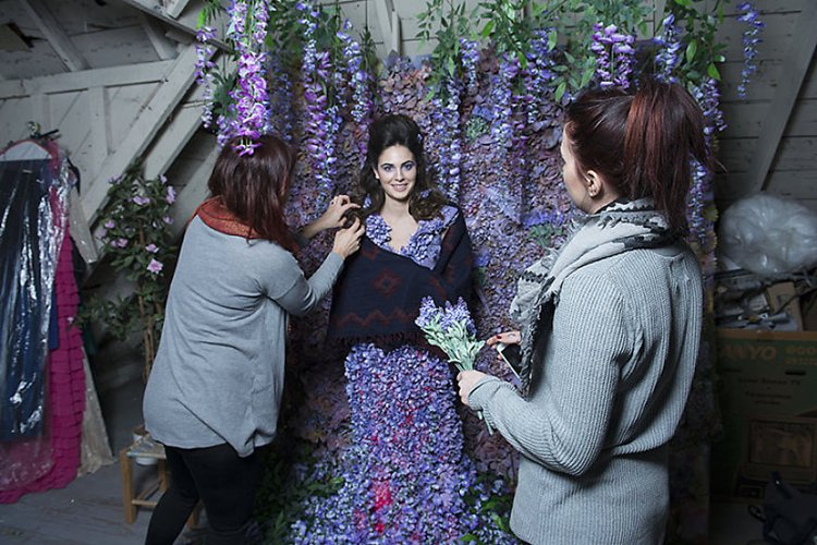 behind-the-scenes-daniela-majic-flowers