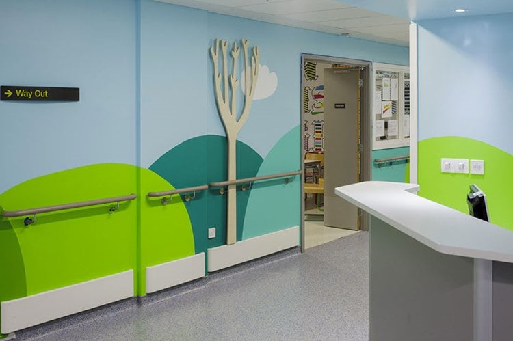 childrens-hospital-art-haematology-desk