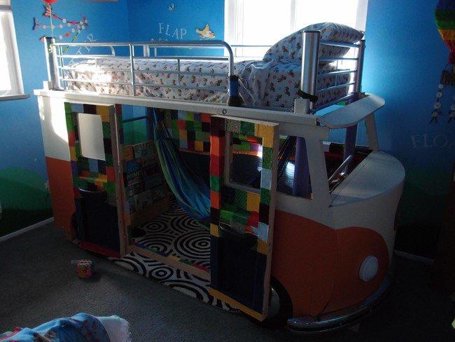 completed-camper-bed-room