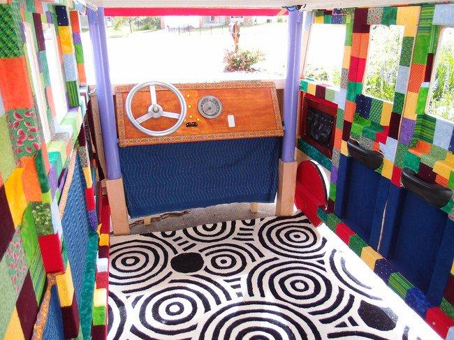 cool-interior-vw-camper-bed