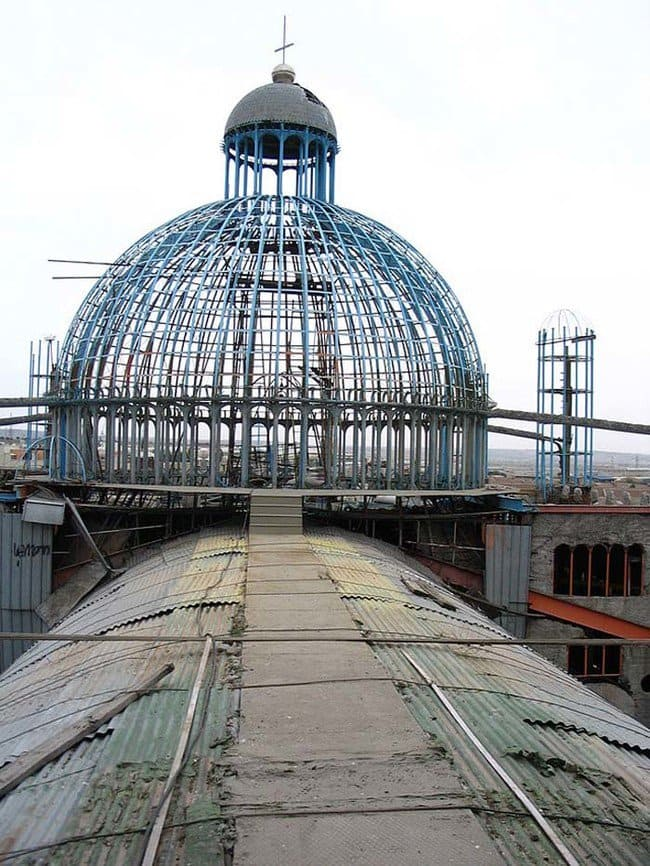 dome-junk-cathedral-justo-martinez