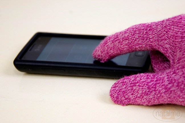 hacks-touchscreen-gloves