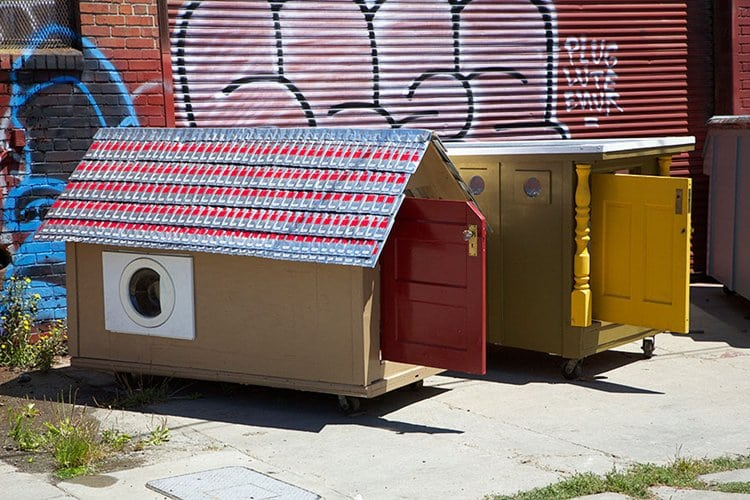 homeless-homes-recycled-kloehn
