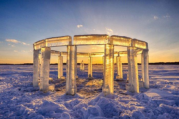ice-pillars-icehenge