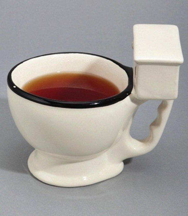 mugs-toilet