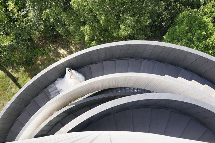 outside-wedding-chapel-climb