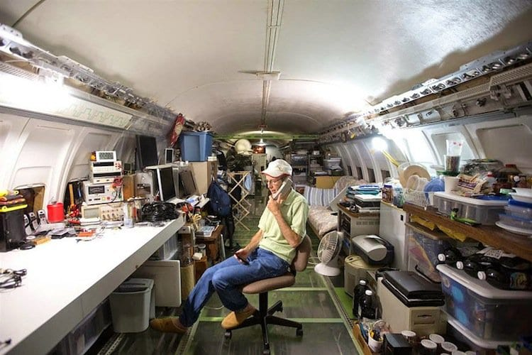 plane-office