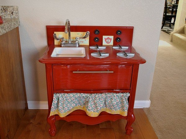red play kitchen