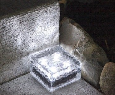 solar powered brick lights glass