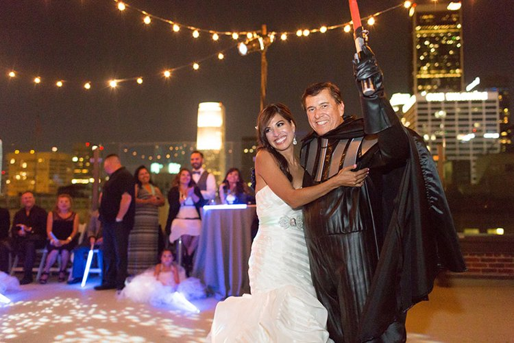 star-wars-theme-marriage-first-dance-darth-vader-father