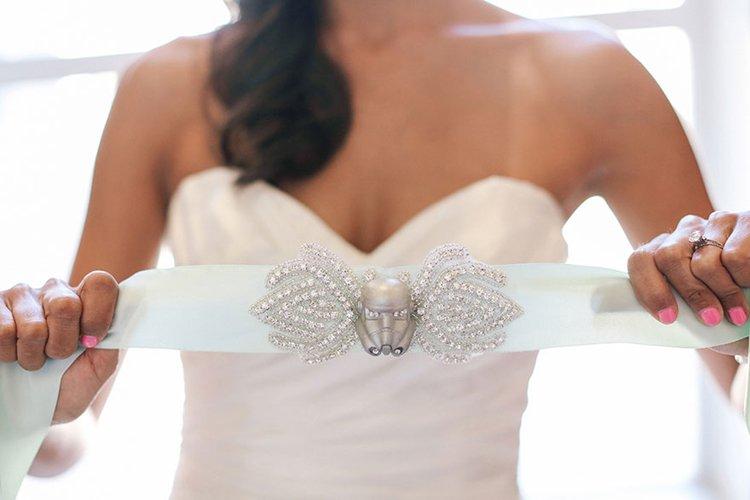 star-wars-theme-wedding-garter-belt
