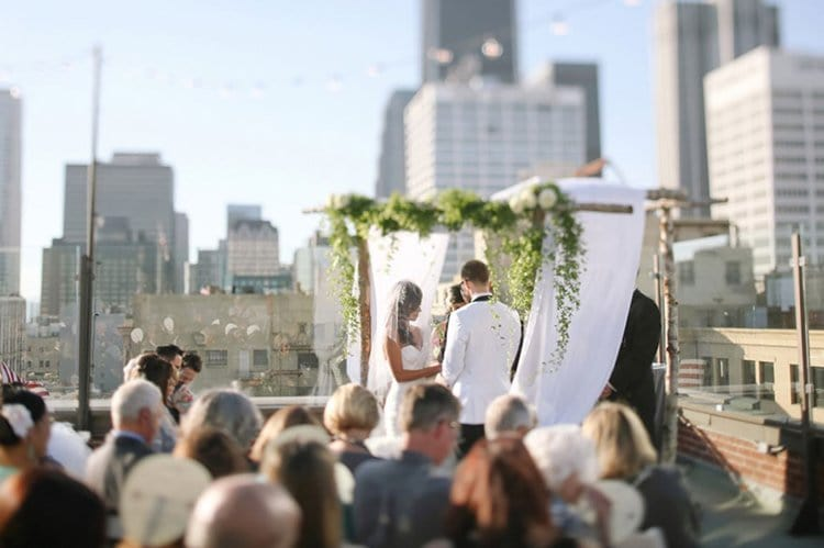star-wars-theme-wedding-marrying-rings