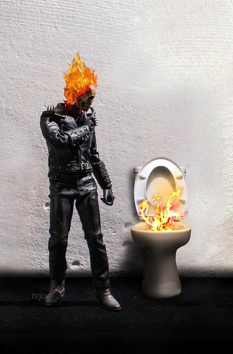 superhero-toilet