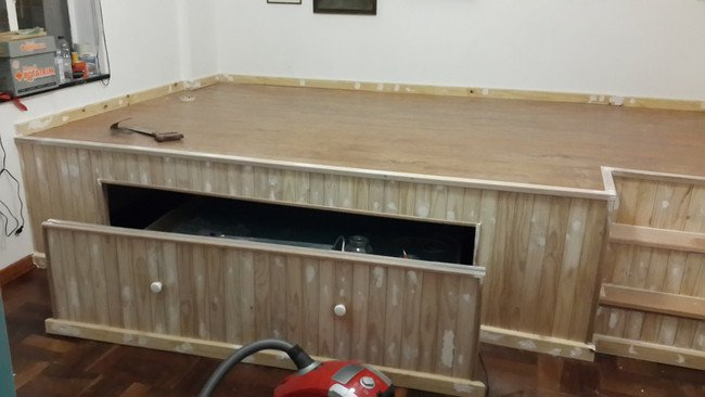 transform-bedroom-office-space