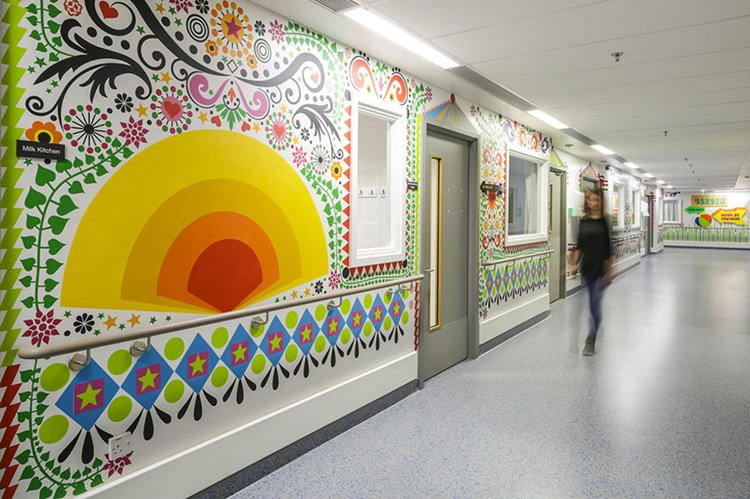 trauma-childrens-hospital-art-corridor