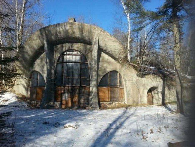 wisconsin-mushroom-house