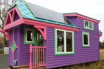 Ravenlore Colorful Tiny House