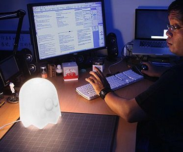Pacman Ghost Lamp white desk