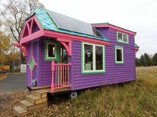 Tremendous Step Inside This Colorful Tiny House And You Will Be Amazed At Largest Home Design Picture Inspirations Pitcheantrous