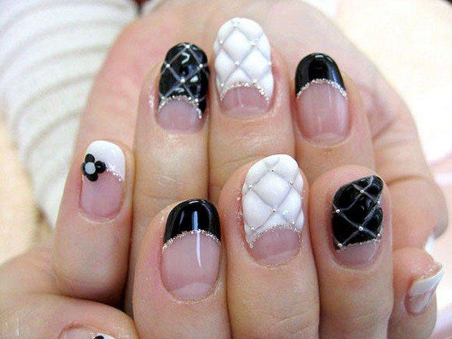 black white flower nails