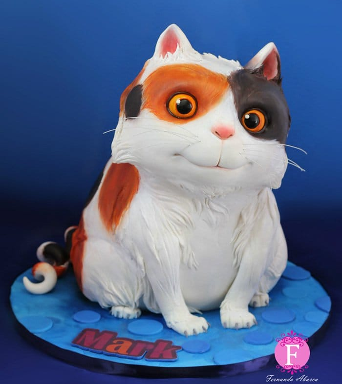 Dreamworks Animator Creates Magical Movie Inspired Cupcakes