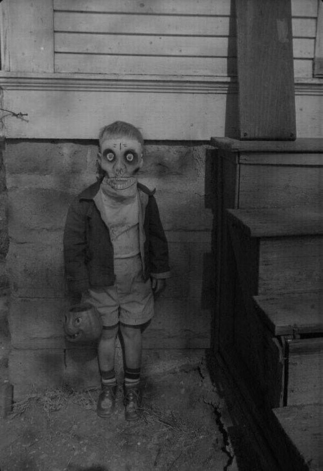 creepy-images-mask