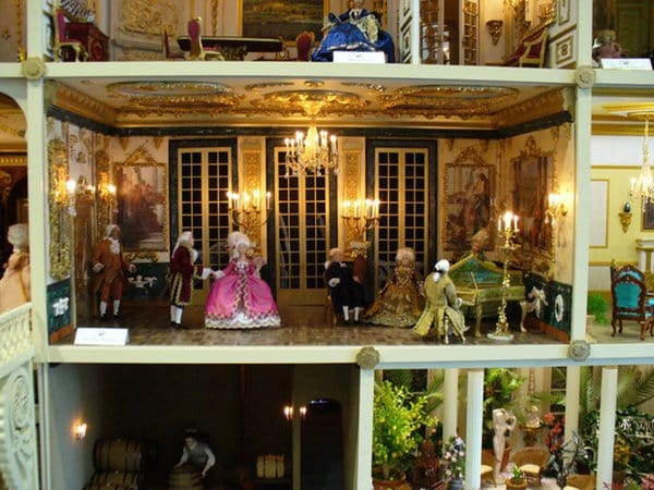 doll-house-chateaux