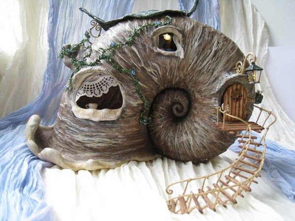 doll-house-snail