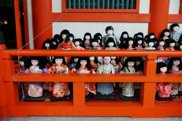 dolls shrine