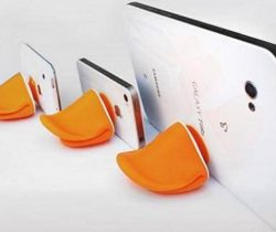 duck mouth phone stand