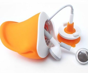 duck mouth phone stand earphones