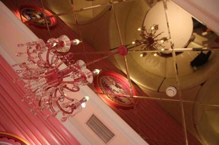 hello kitty chandelier