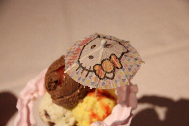 hello kitty ice umbrella