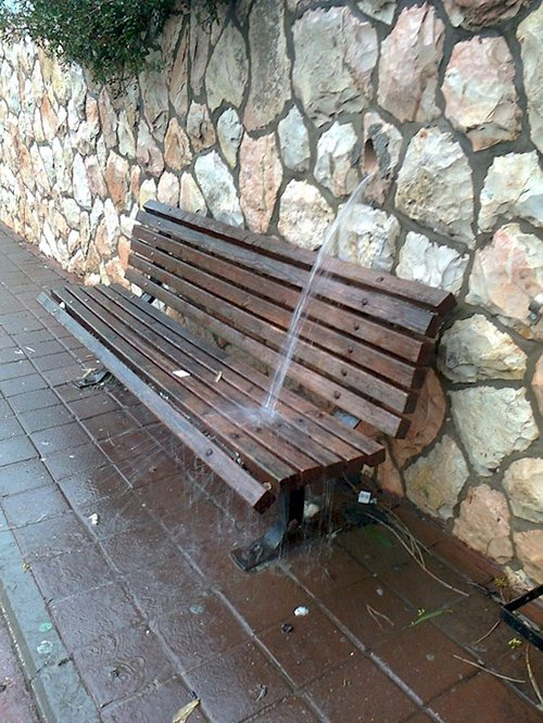 hole-water bench