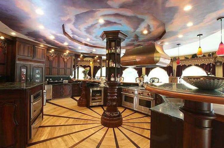 inside-Chrismark-Castle-kitchen