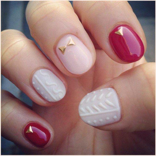 matte knit shiny nails