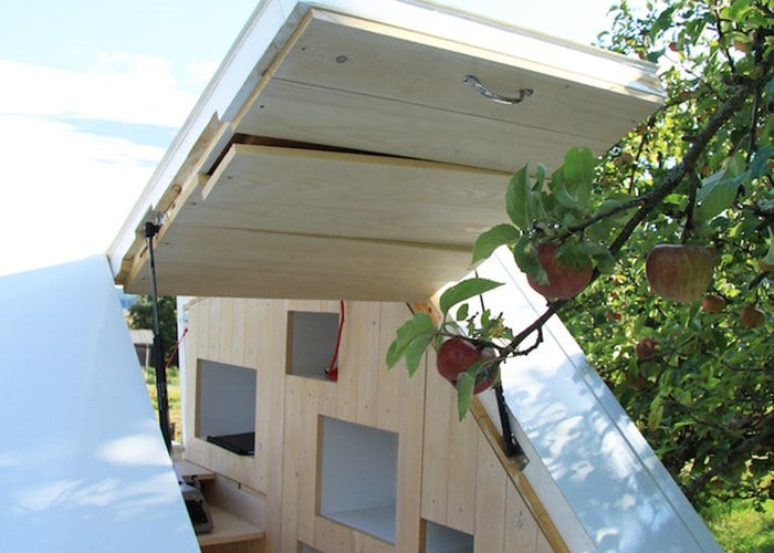 mobile-shelter-roof