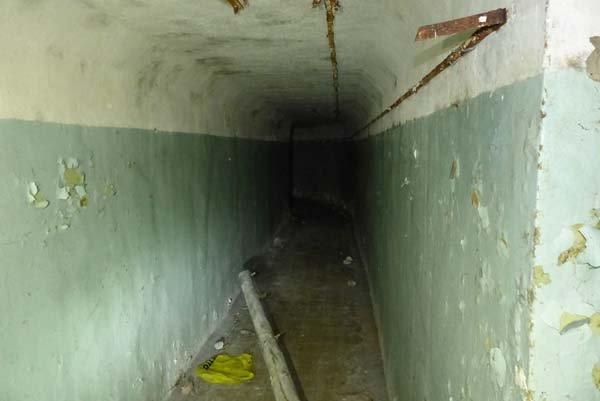 pipe plastic bag tunnel