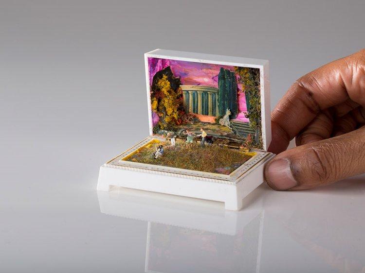 ring-box-mini-diorama-columns