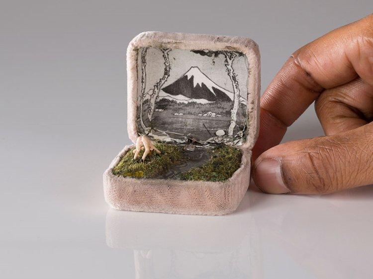 ring-box-mini-diorama-mount