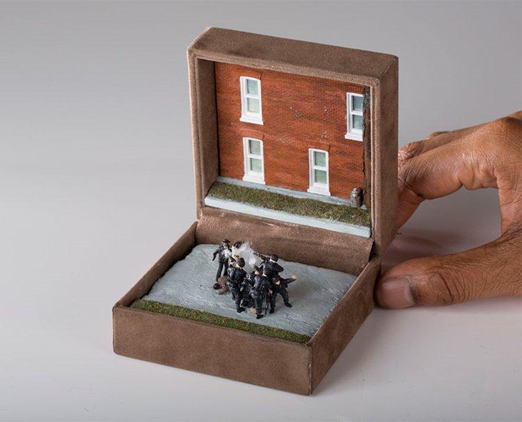 ring-box-mini-diorama-war