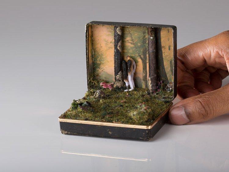 ring-box-mini-diorama-woods